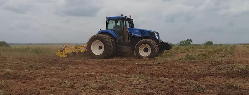 décompacteur agricole Bednar Terraland pour la préparation des sols